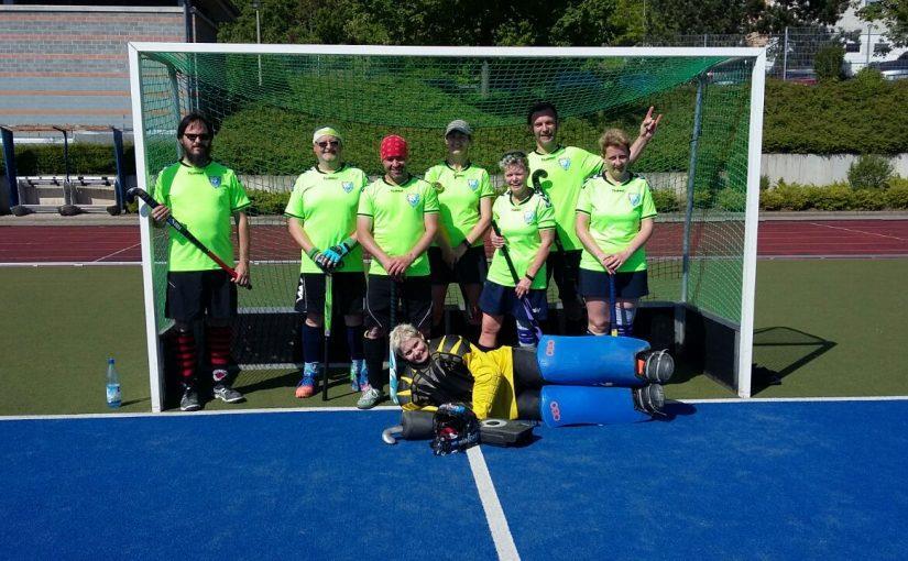Elternhockey eröffnet Feldsaison mit Platz 5 beim Gloriosa-Cup in Erfurt